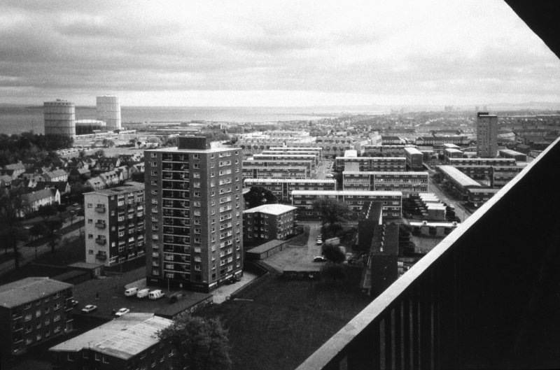 Edinburgh, Muirhouse Parkway: Elevated general view of Muirhouse Phase II development (possibly taken from Martello Court).