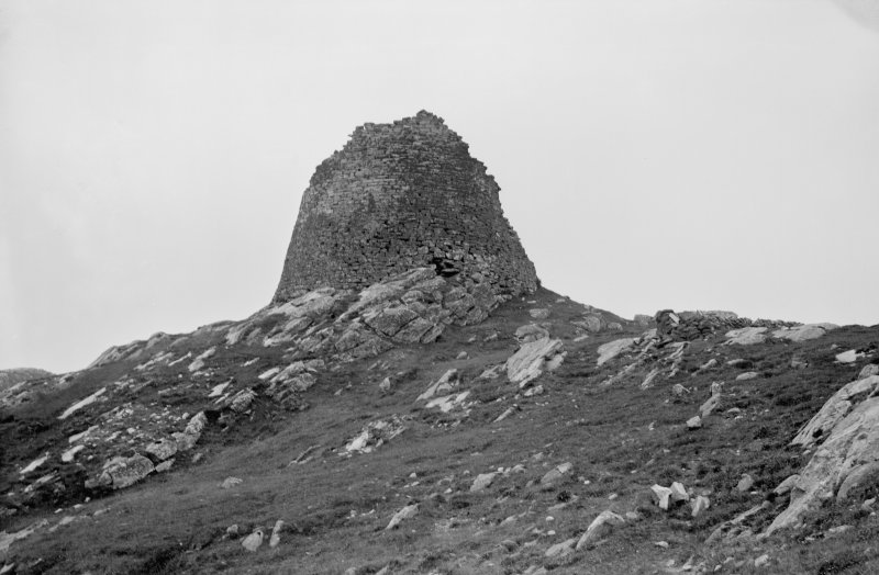 Dun Carloway. View from east.