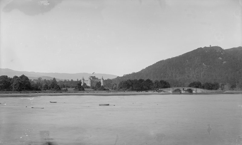 Distant view of Inveraray Castle.
