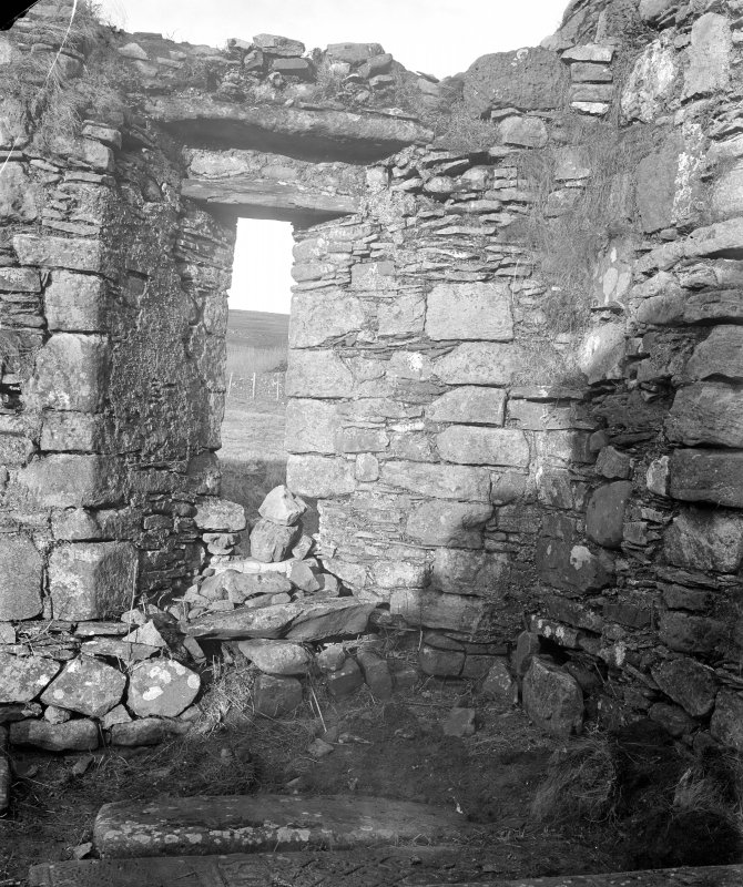Mull, Inchkenneth Chapel, interior. View of window.