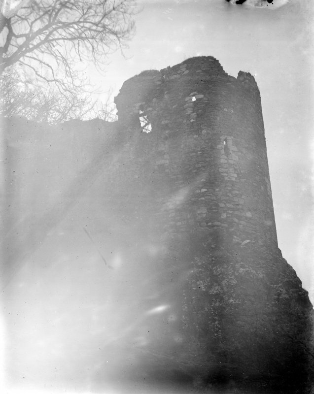 Dunstaffnage Castle. View of North tower.