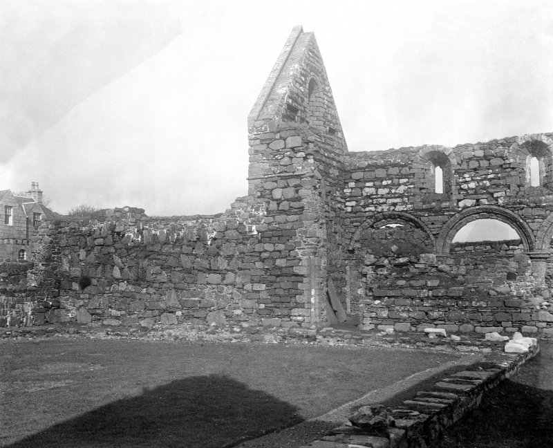 Iona, Iona Nunnery. View of North side of cloister garth.