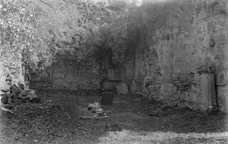 Dunstaffnage Chapel, interior. General view.