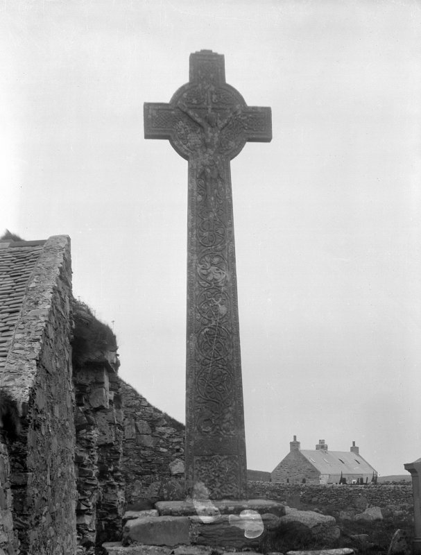 Oronsay Priory, Great Cross. General view from West showing interlace and Christ crucified.