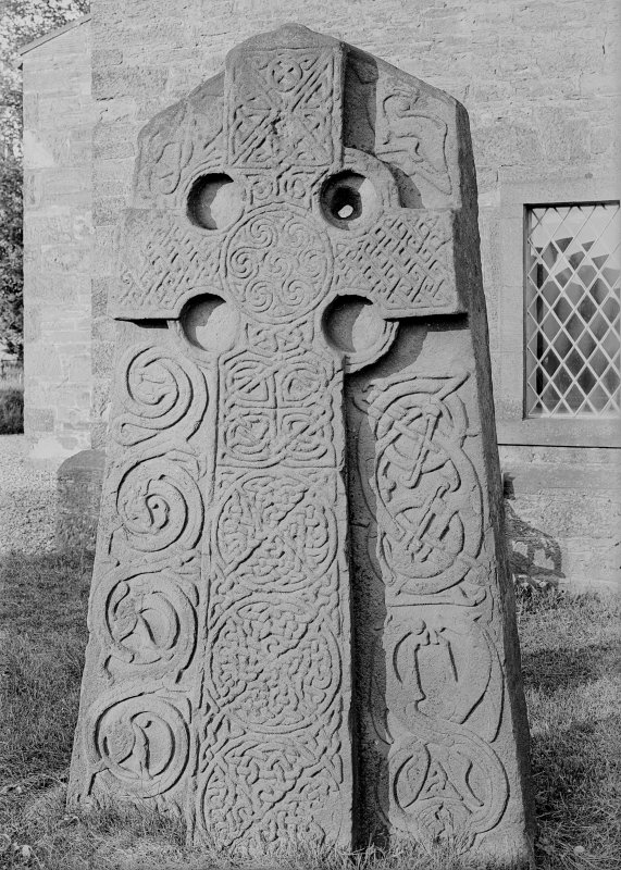 Aberlemno no 2, the Churchyard stone. Face of slab