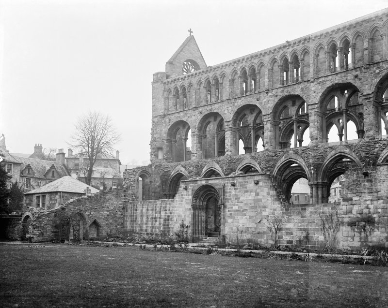 Jedburgh Abbey View from SW of S aisle and arch.