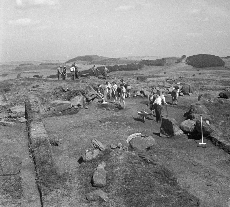 Excavation of Cairnpapple henge and cairn, by Professor S Piggott.