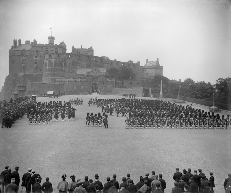 Parade on the esplanade of Edinburgh Castle.