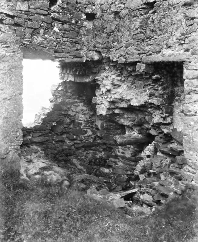 Tarbert, Tarbert Castle, interior. View of North angle.
