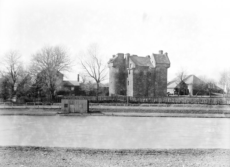 Dundee, Claypotts Road, Claypotts Castle. General view from East.