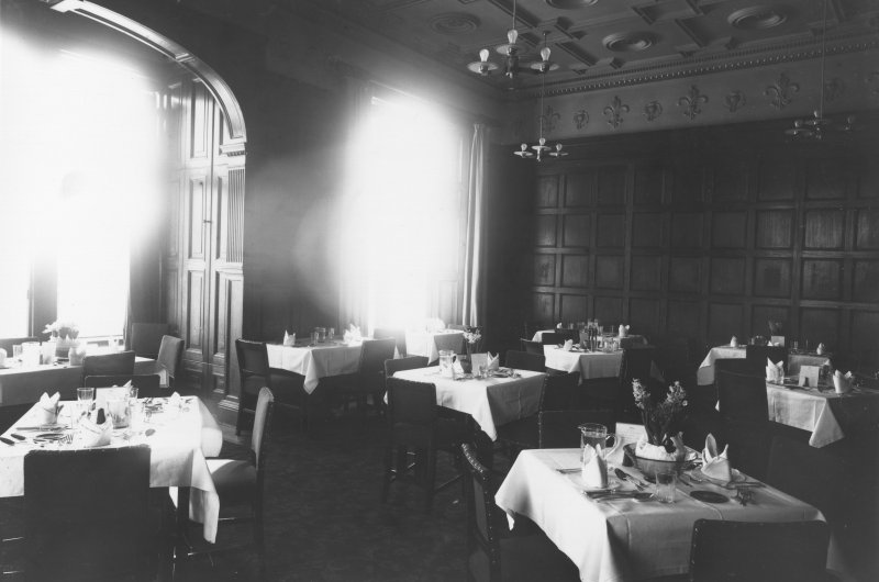 Interior. Dining room, general view.