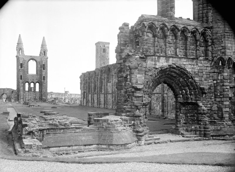West front, looking down nave.