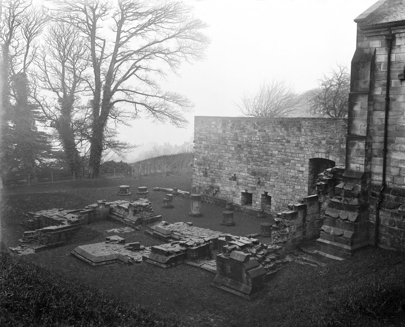 Remains of chapel near south transept