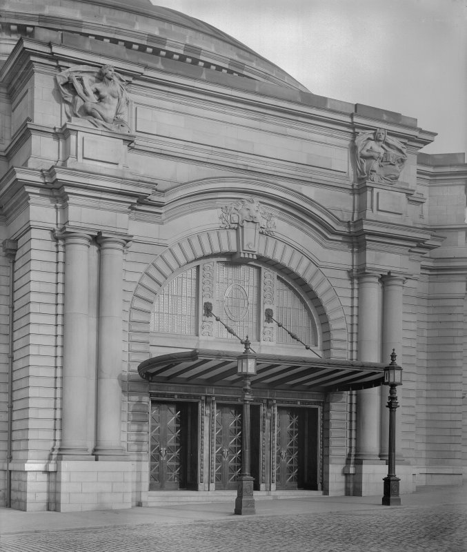 West entrance of the Usher Hall.