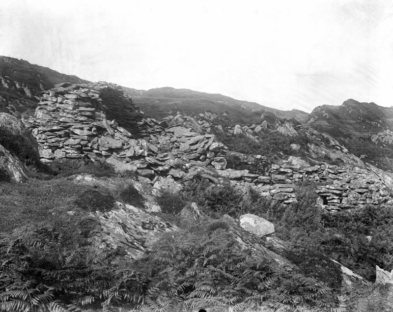 Eilach An Naoimh, Beehives. General view from South-West.