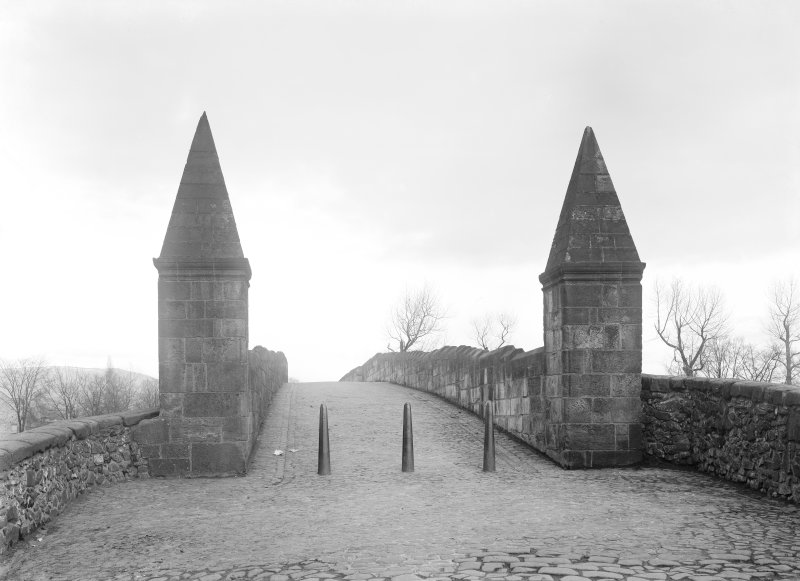 View of turrets at bridge entrance.