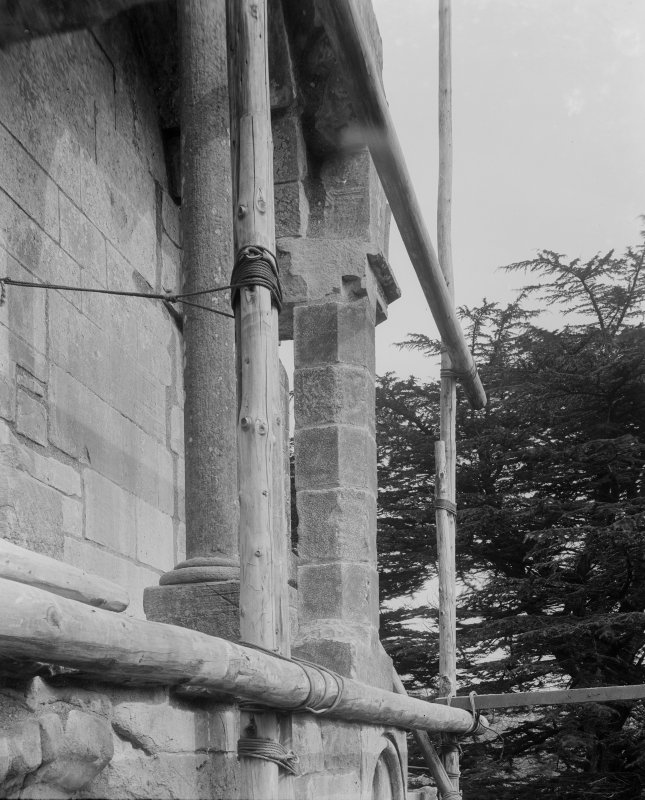 Detail of scaffolded pillar.
