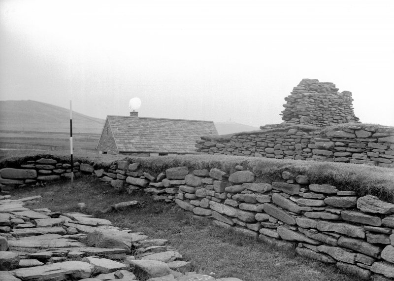 Excavation Photograph: Detail of walling.