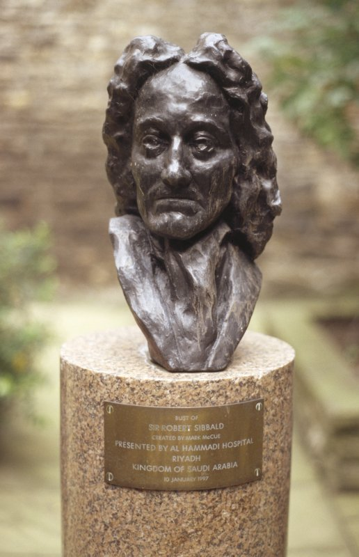 View of bust of Sir Robert Sibbald by Mark McCue, in the centre of the Sir Robert Sibbald Physic Garden.