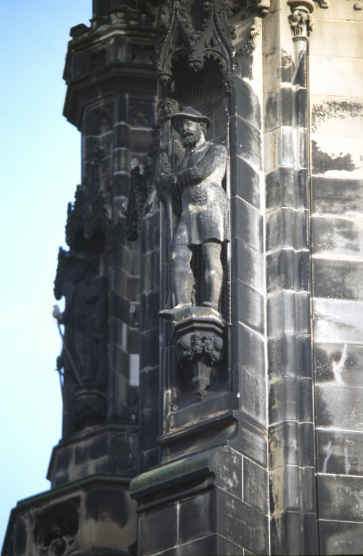 View of statue of Hal o' the Wynd, on lower tier of NW buttress.