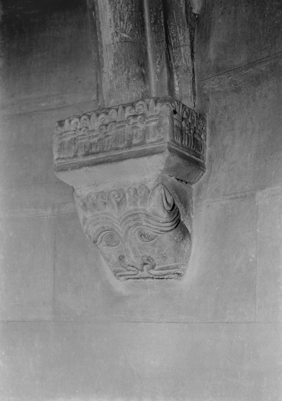 Dalmeny Parish Church, interior Detail of corbel respond in apse