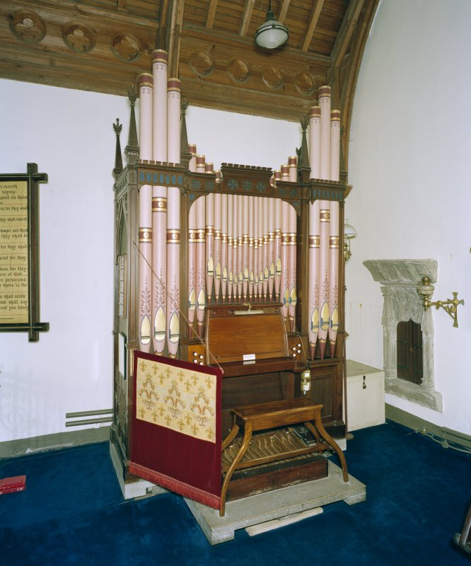 Interior. View of organ.