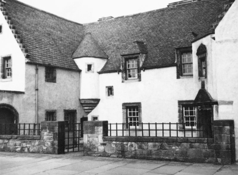 View of Hamilton House, Prestonpans, from W.