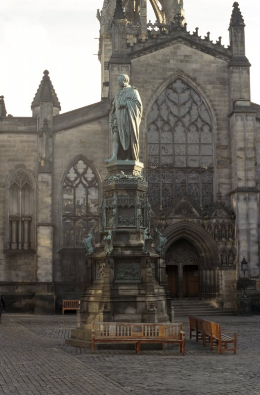 View of Monument to the Duke of Buccleuch from W.