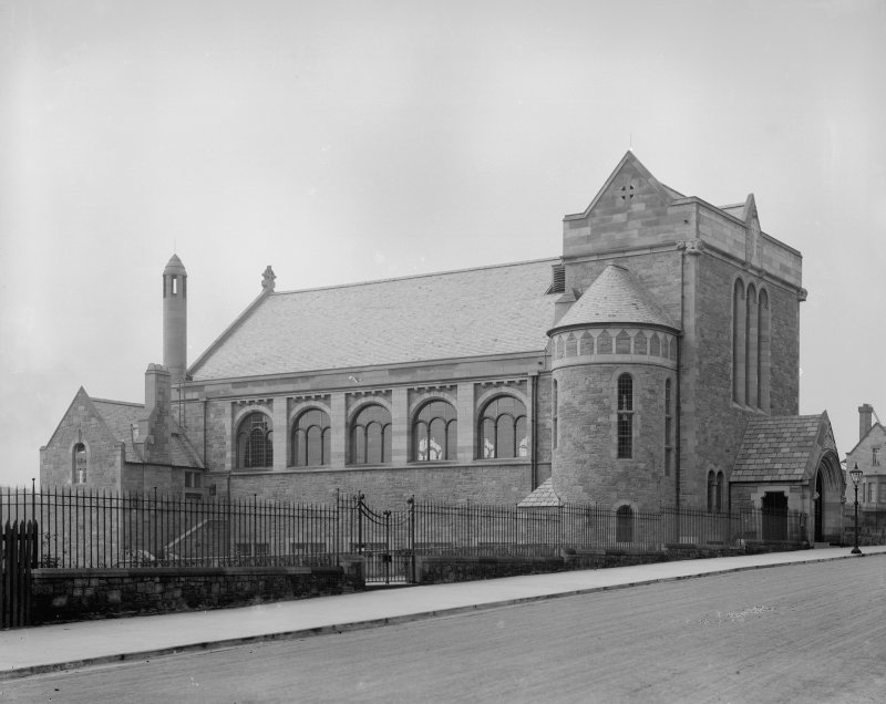 Edinburgh, Inverleith Terrace, First Church of Christ Scientist. View from East.