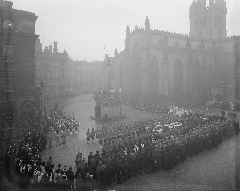 Proclamation of the Accession of King George VI.From left to right on Mercat cross, Captain HAB Lawson, Unicorn Pursuivant, Thomas Innes of Learney, Albany Herald, Sir Francis Grant, Lord Lyon King of Arms, Sir Alexander Hay Seton of Abercorn, Carrick Pursivant and Lt. Col. JW Balfour Paul, Falkland Pursuivant.Ceremony  in Parliament SquareProclamation of the Accession of King George VI.