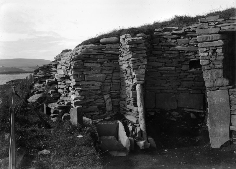 Detail of secondary building in broch interior.