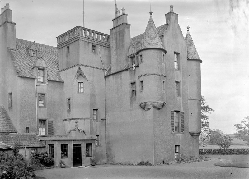 Edinburgh, Glasgow Road, Gogar House. General view from South.
