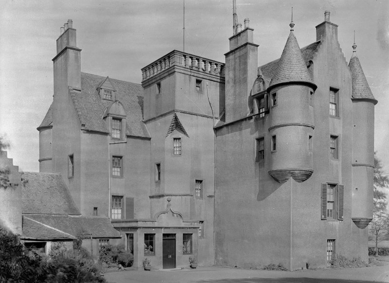Edinburgh, Glasgow Road, Gogar House. General view from South West.