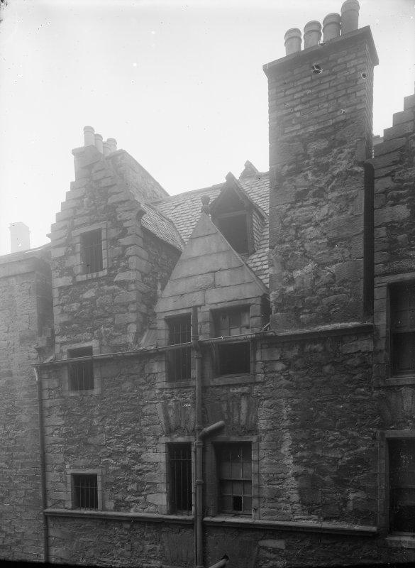 General view of upper storeys and roof