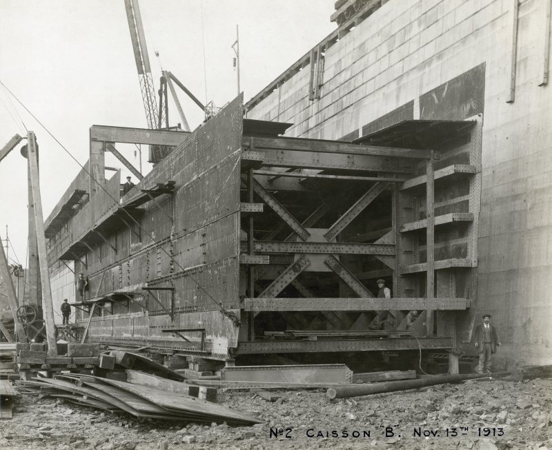 View of caisson, Rosyth dockyard. Titled: 'No 2  Caisson 'B'. Nov 13 1913'.