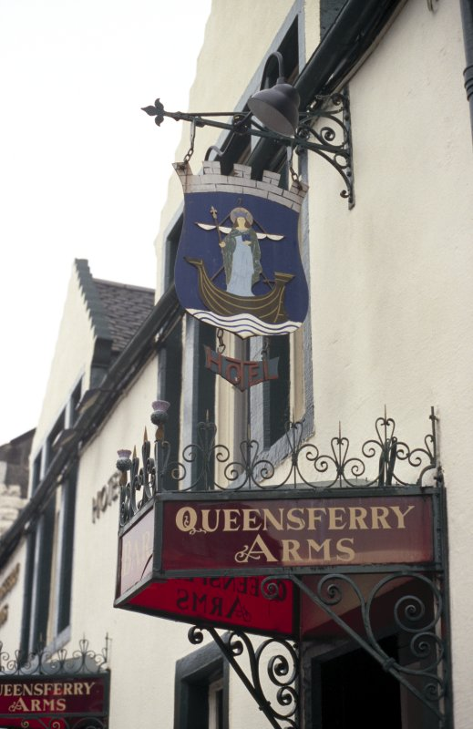 View of Queensferry Arms Hotel sign.