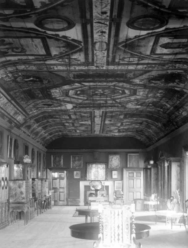 Interior. View of long gallery.
