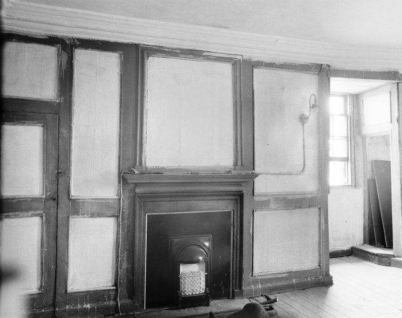 Perth, Pitheavlis Castle, interior. View of fireplace and panelling in second floor room in North-East gable.