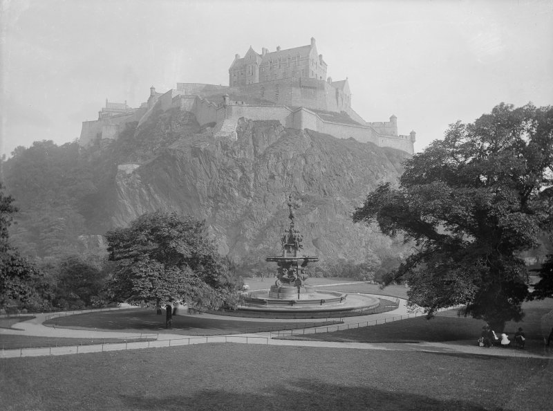 Edinburgh Castle. North West view from Princes Street Gardens including Fountain