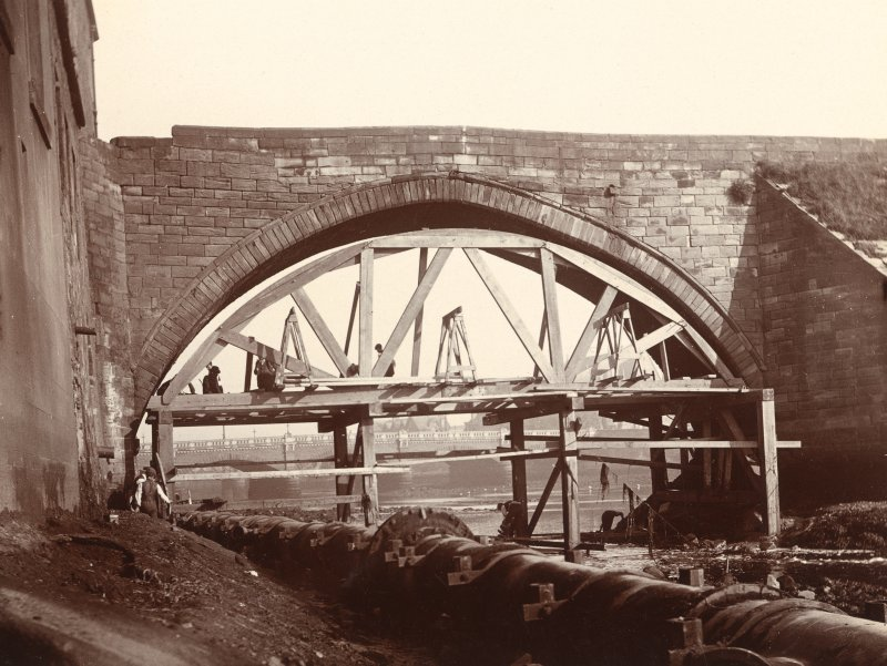 Historic photographic view of bridge from East.