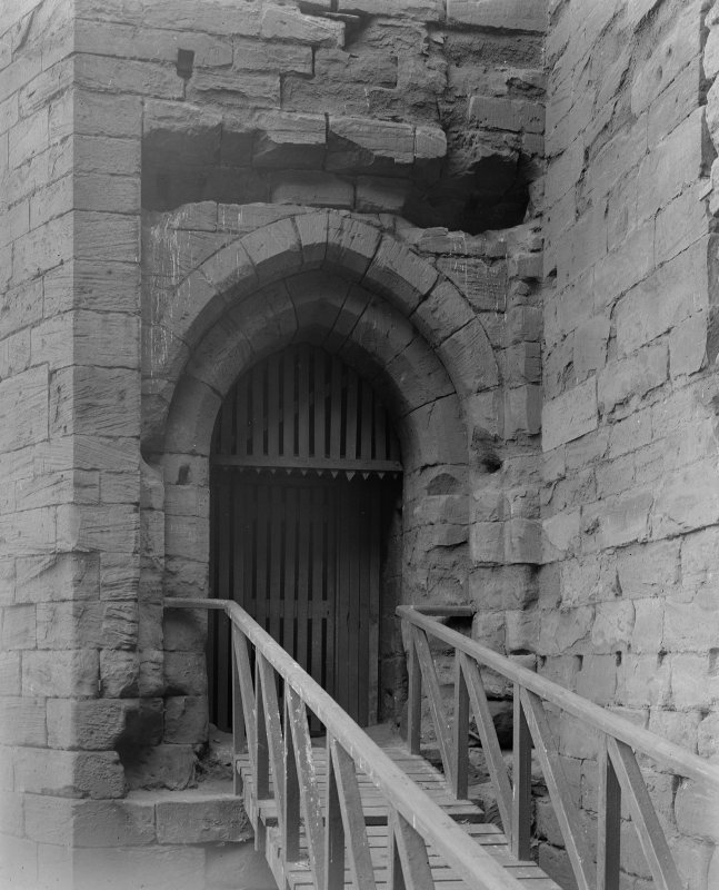 Detail of entrance to Donjon.