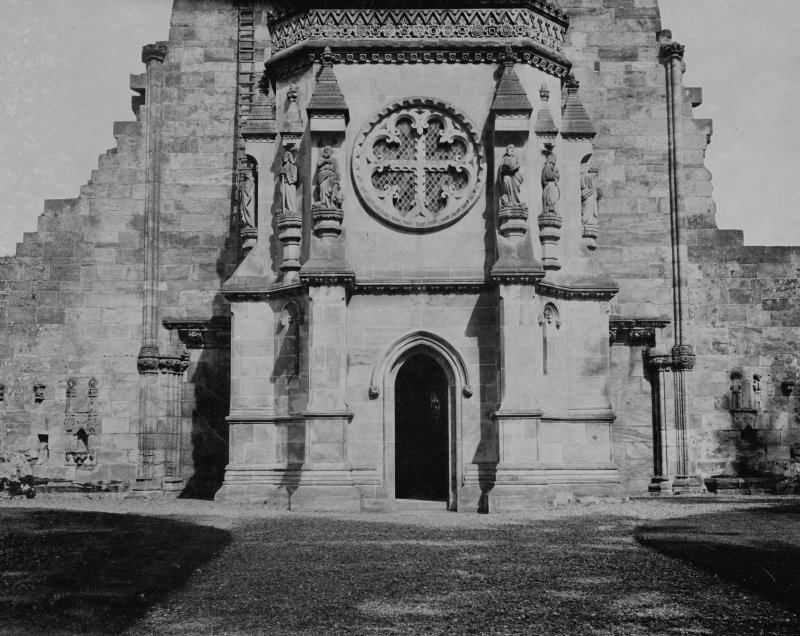 View of Roslin Chapel from the west.