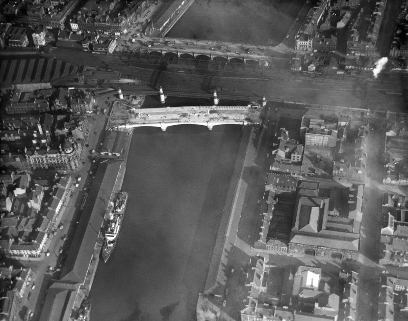 George the Fifth Bridge, Glasgow, also showing Glasgow Bridge and the Approach Viaduct to Central Station.  Oblique aerial photograph taken facing east.