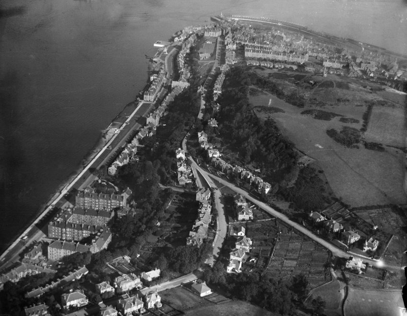 Gourock, general view, showing Tower Hill and Barrhill Road.  Oblique aerial photograph taken facing north-east.
