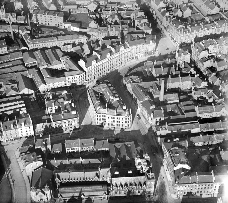 Dundee, general view, showing Victoria Road and Bell Street.  Oblique aerial photograph taken facing north.