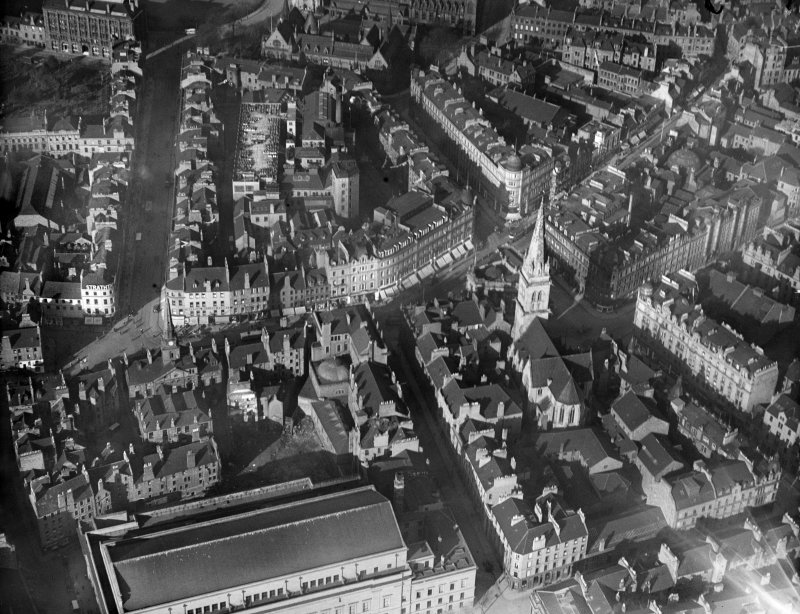 Dundee, general view, showing High Street and St Paul's Episcopal Cathedral.  Oblique aerial photograph taken facing north.