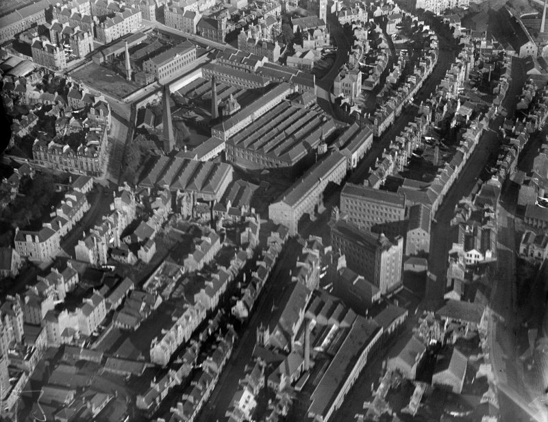 Dundee, general view, showing Princes Street.  Oblique aerial photograph taken facing north-east.