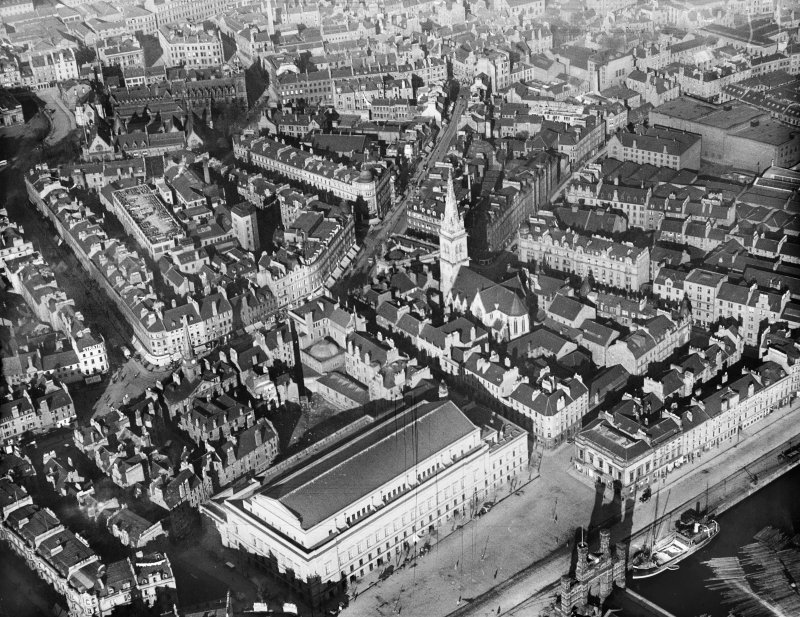 Dundee, general view, showing High Street and City Square.  Oblique aerial photograph taken facing north.