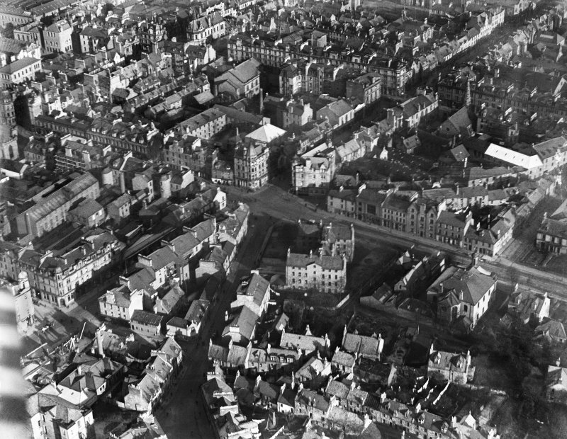 Perth, general view, showing South Methven Street, Hospital Street and King James VI Hospital.  Oblique aerial photograph taken facing east.