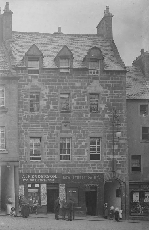 View of Darnley House, Stirling, from W showing the premises of a A Henderson Stationer and newsagent and the Bow Street Dairy